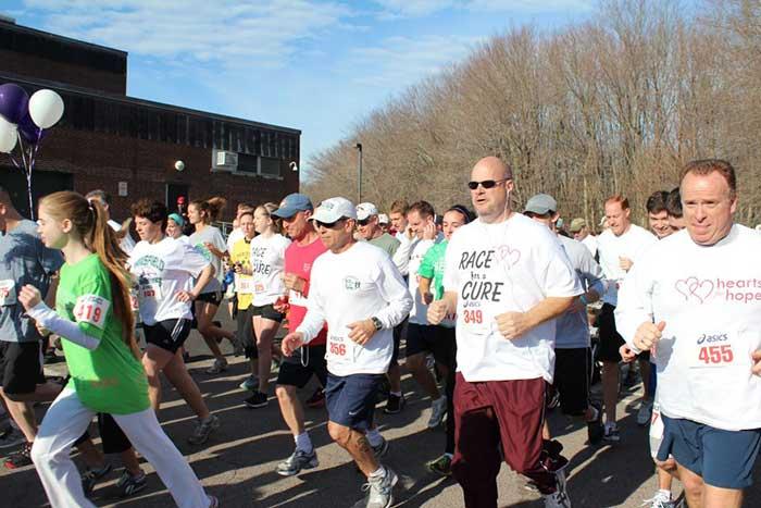 ELITE Runners running in the race